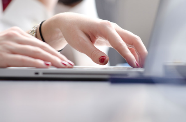 スタート手順6、seesaaブログのスマホサイトで広告を消す方法